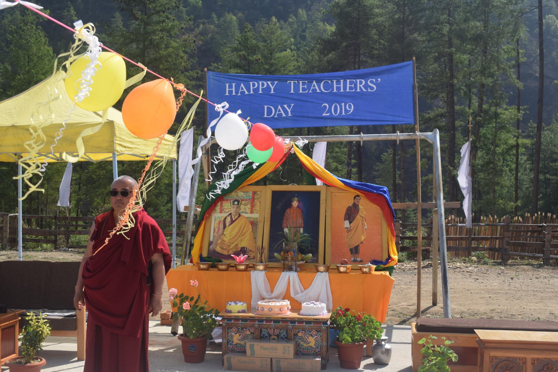 Happy-Teachers-Day_009